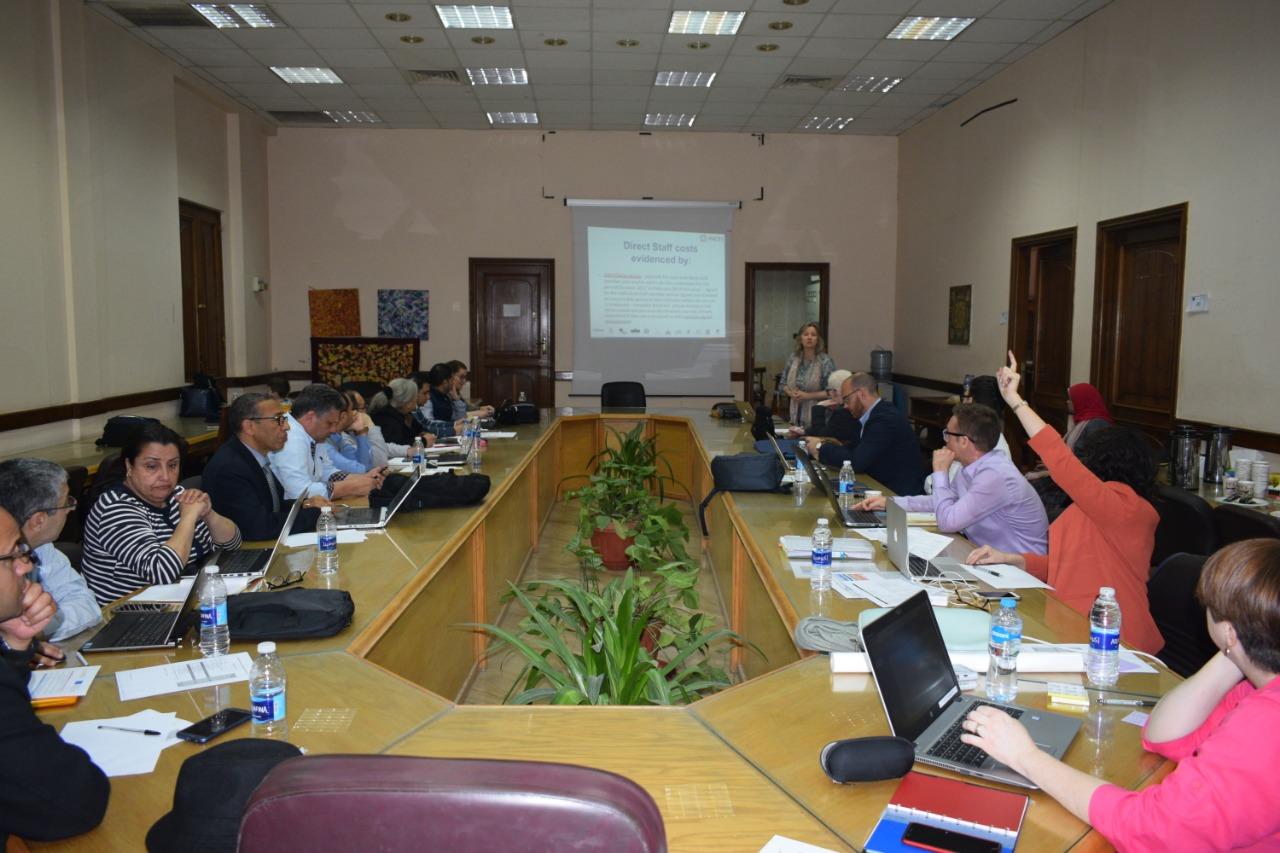 إجتماع المشروع النصف سنوي في جامعة عين شمس بمصر